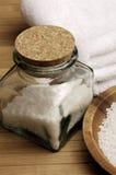 Choc de sels de Bath Photographie stock libre de droits