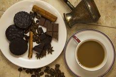 Choco用咖啡和桂香16 库存照片