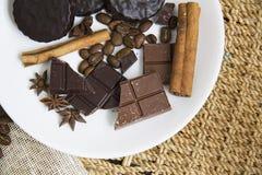 Choco用咖啡和桂香33 图库摄影