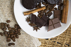 Choco用咖啡和桂香32 库存图片