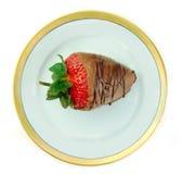 Chocolade Behandelde Aardbei op Schotel Stock Foto