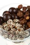 Chocolade behandelde noten stock fotografie