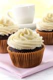 Chocolade cupcake met citroen buttercream Royalty-vrije Stock Foto's