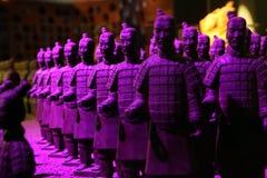 Chocolade-gemaakte terracottastrijders Stock Afbeeldingen