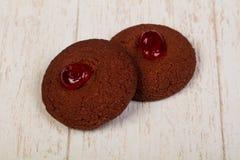 Chocolade kakor med driftstopp arkivbilder