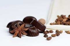Chocolade, koffie en kruiden Stock Afbeelding