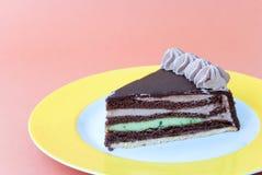 Chocolade-marsepein-pistache c Stock Afbeeldingen