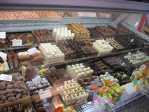 Chocolade op verkoop stock afbeeldingen