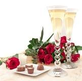 Chocolade, rozen en champagne Stock Foto's