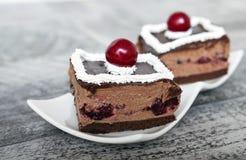 Chocolade y Cherry Cake Foto de archivo libre de regalías