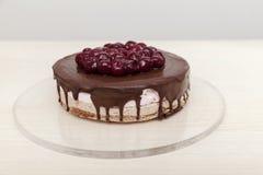 Chocoladecake met kersen Stock Foto's