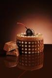 Chocoladecake op een donkere achtergrond Royalty-vrije Stock Fotografie
