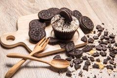 Chocoladekoekje en cupcake Stock Afbeelding