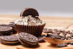 Chocoladekoekje en cupcake Stock Foto