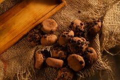Chocoladekoekjes op canvas Gezond voedselconcept stock foto's