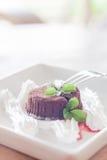 Chocoladelava met vork voor het dienen Stock Afbeeldingen