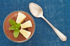 Chocolademousse met ananas Royalty-vrije Stock Foto