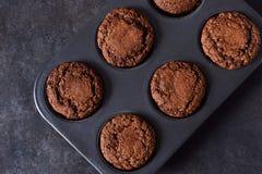 Chocolademuffins, brownies met noten en chocolade Stock Foto's