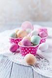 ChocoladePaaseieren in Muffintin Royalty-vrije Stock Fotografie