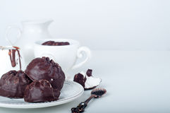 Chocoladezefier en kop van koffie Royalty-vrije Stock Afbeeldingen