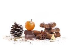 Chocolat, κανέλα, anis και μπισκότα Στοκ φωτογραφία με δικαίωμα ελεύθερης χρήσης