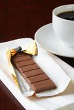 Chocolat au lait avec une tasse de café Photographie stock