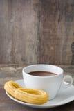 Chocolat chaud avec des churros Petit déjeuner espagnol Photographie stock
