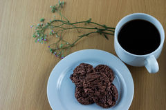 Chocolat Chip Cookies et café de Java image libre de droits