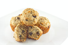 Chocolat Chip Walnut Muffins de banane Images stock
