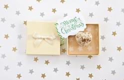 Chocolat dans le boîte-cadeau Photographie stock