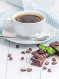 Chocolat et café délicieux foncés photo stock