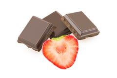 Chocolat et demi fraise Photographie stock