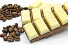 Chocolat et grains de café Photographie stock libre de droits