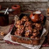 Chocolat, flocon d'avoine et biscuits de noix Photo stock
