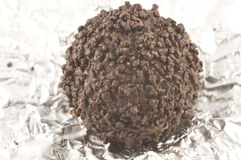 Chocolat foncé avec l'emballage Image stock