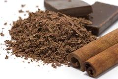 Chocolat râpé avec des épices images stock