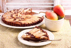Free Chocolate And Almond Tart With Pear Royalty Free Stock Photos - 74053018