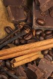 Chocolate, baunilha e canela foto de stock