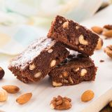 Chocolate brownie with nuts Royalty Free Stock Images