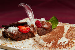 Chocolate cake with berries Royalty Free Stock Photos