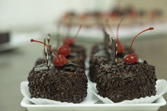 Chocolate cake in the cafeteria Royalty Free Stock Photography