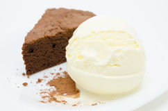 Chocolate cake with ice cream Royalty Free Stock Images