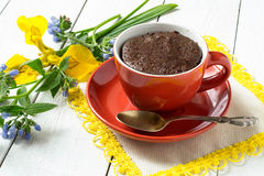 Chocolate cake and quick cooking in a cup Royalty Free Stock Photography