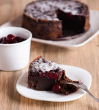 Chocolate cake with sour cherries Royalty Free Stock Images