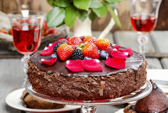 Chocolate cake with strawberries Royalty Free Stock Photography