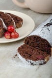 Chocolate cake with strawberries and grapes Royalty Free Stock Photos
