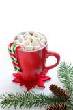 Chocolate caliente con las mini melcochas Imágenes de archivo libres de regalías