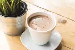 Chocolate caliente por mañana Imágenes de archivo libres de regalías