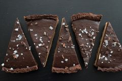 Chocolate caramell tarte with fleur de sal Royalty Free Stock Photo