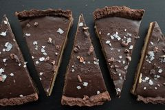 Chocolate caramell tarte with fleur de sal Stock Photography